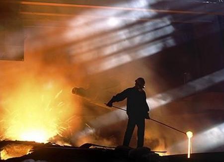 钢铁去产能去杠杆双管齐下 行业整合进入快车道