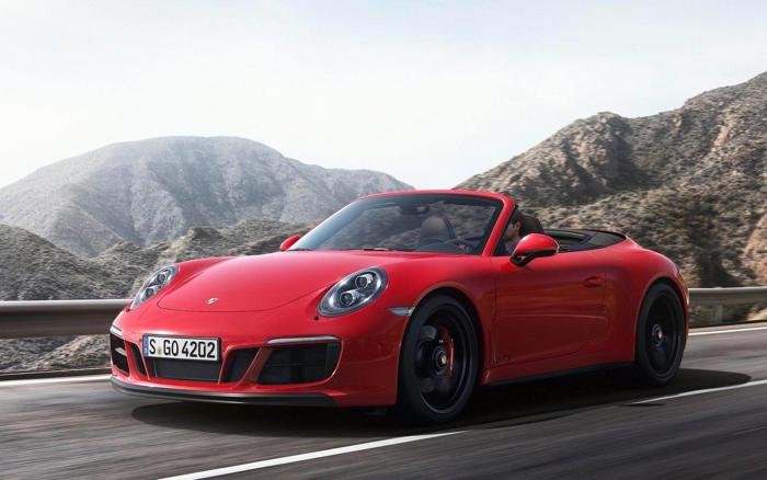 盖世汽车讯 保时捷在其最新一代的保时捷911车型上推出了一个名为保时捷Wet Mode(湿地模式)的创新辅助系统,该系统专为保时捷911车型推出,可检测明显的路面湿滑状况,并可对车辆进行相应设置,以提高车辆在湿滑路面行驶的稳定性。