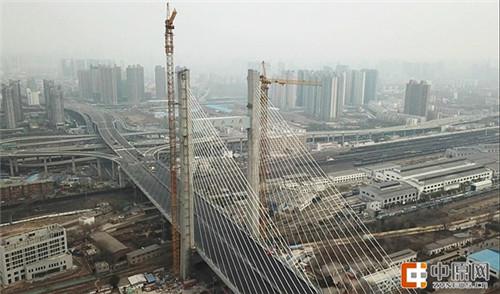 郑州农业路大桥壮丽亮相 应力张拉等工序正常推进