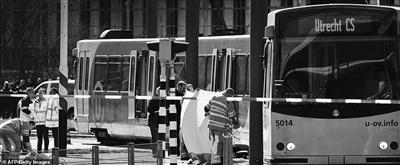 荷兰一电车上发生枪击事件3人死亡警方正调查是否涉及恐怖袭击