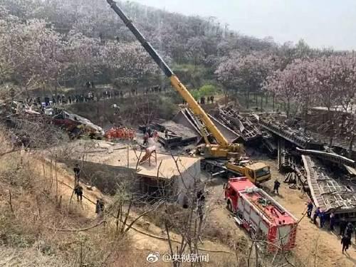 痛心!河南火车脱轨事故已致4人遇难,仍有2人失联