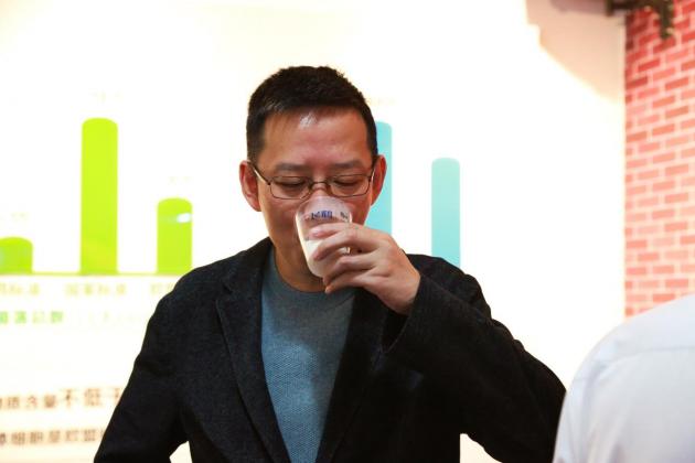 吴晓波对话冷友斌:真正把产品做好才能赢回国产奶粉的尊严