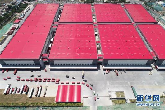 这是位于西安的京东智能物流中心(6月3日无人机拍摄)。新华社记者 邵瑞 摄