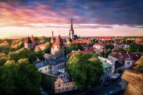 爱沙尼亚以互联网接入和连接速度在世界各国中排名第一,如今也成为开展加密货币交易和区块链接相关业务的最舒适场所。
