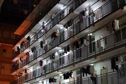 """图片来源:摄图网(图文无关) 事实上,东秦分校鹏远公寓乱收费、收费年年暴涨的现象,一直是这所学校学生""""吐槽""""的老问题。"""
