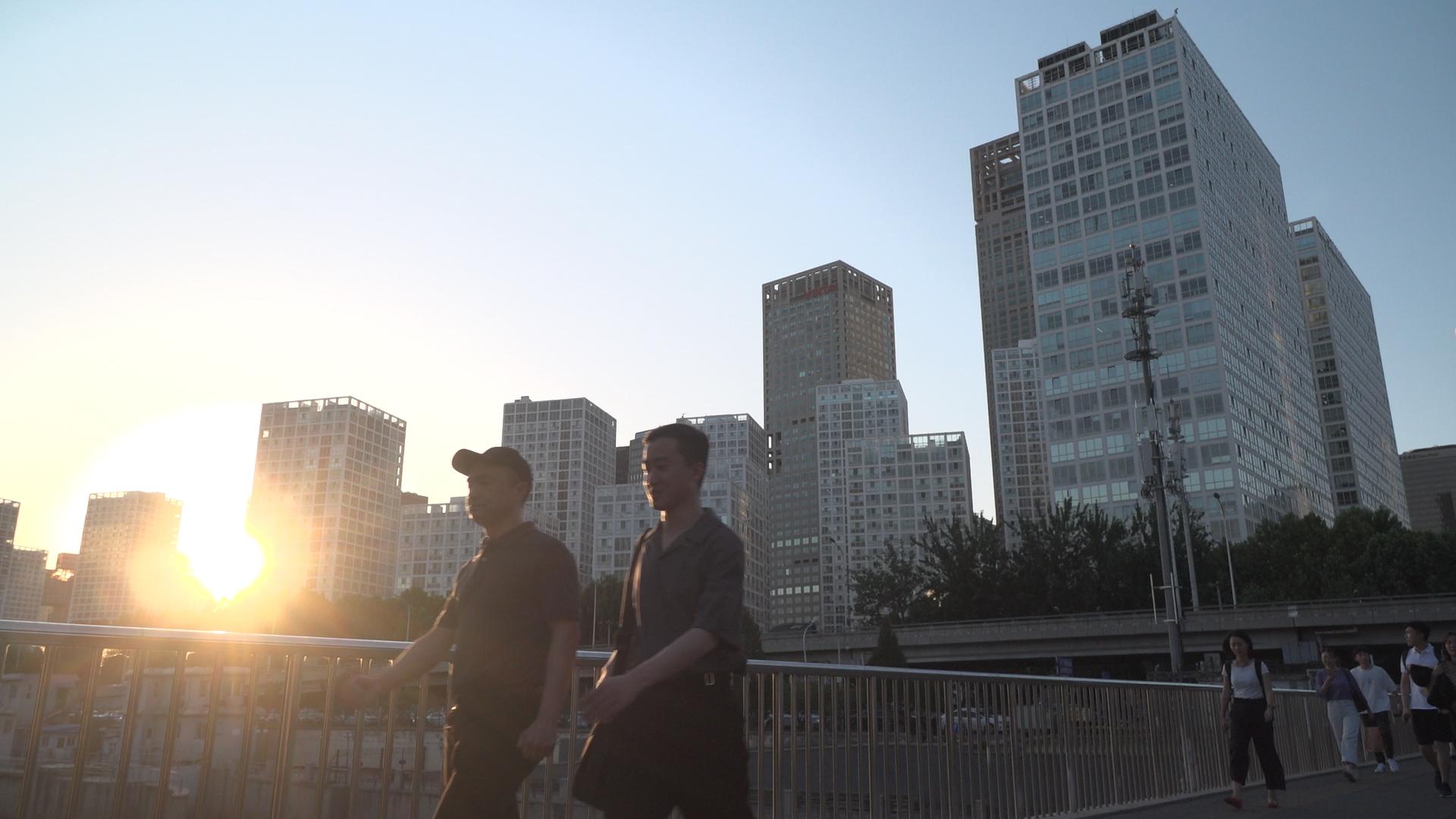 追梦人   来自港澳台的追梦人:到最有机会的地方去!