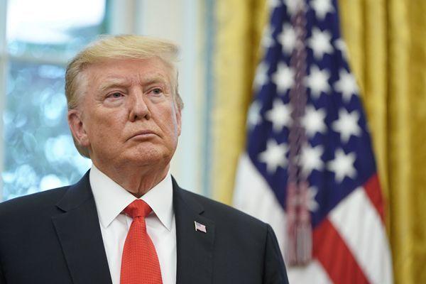 中国日报网9月8日电(孙若男)日前阿富汗首都喀布尔发生一起袭击,导致1名美国军官和11人死亡,随后阿富汗塔利班组织宣布对此负责。美国总统特朗普7日表示,取消原定与塔利班领导人的和平谈判。