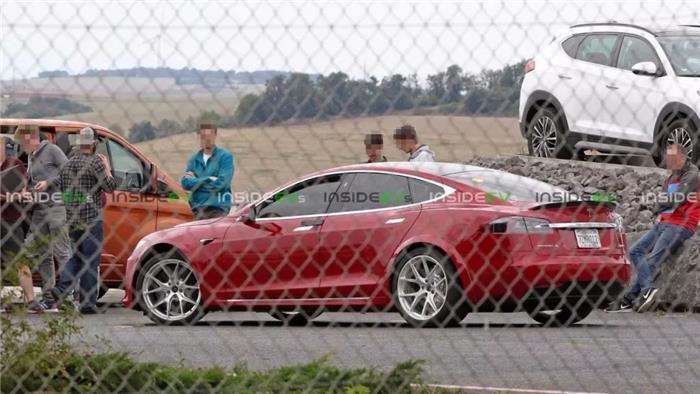 改装款特斯拉Model S现身纽北赛道,明年跑车也会来