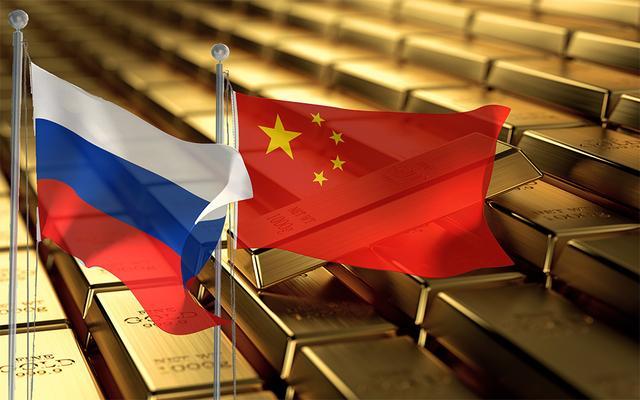 梅赫纳德·德赛进一步补充称,中国希望在尽可能短的时间内将黄金储备增加到至少8000吨。这将使中国在黄金与国内生产总值的比率方面与美国和欧盟并驾齐驱。如果有必要的话,它将为中国、俄罗斯、欧洲及新兴市场的黄金联合升值开辟道路,以支持金融体系。