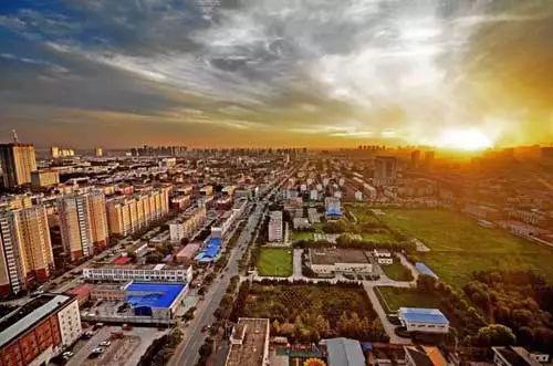 毋庸置疑,环京楼市已然发生变化,但环京仍然是全国最具价值潜力的区域之一,仍然是北漂置业安家的第一选择。