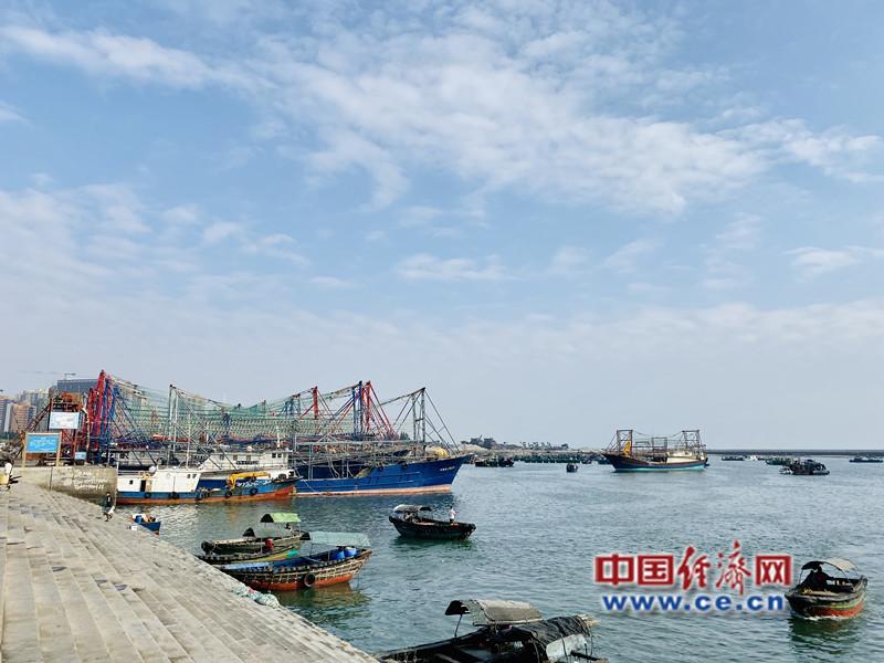 北海市南澫中央渔港 经济日报-中国经济网记者 贾佳/摄