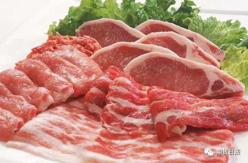 一是加大冻猪肉储备投放,自冬至前10天至腊月十五,已经分6批次合计投放了约15万吨中央冻猪肉储备,全国大多数省份及主要城市也结合当地市场形势,联动进行投放,增加了猪肉市场供应。今后一段时间,包括春节以后,国家发改委还将继续加大组织投放冻猪肉储备。