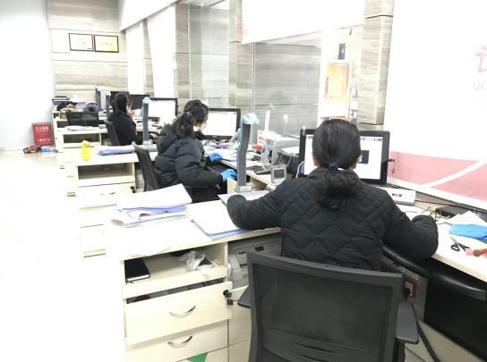 最美身影:郑州银走自贸区支走疫情期间服务不中止
