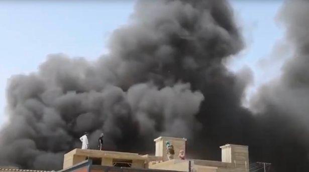 巴基斯坦政府称空难导致至少90人死亡 已发现2名幸存者