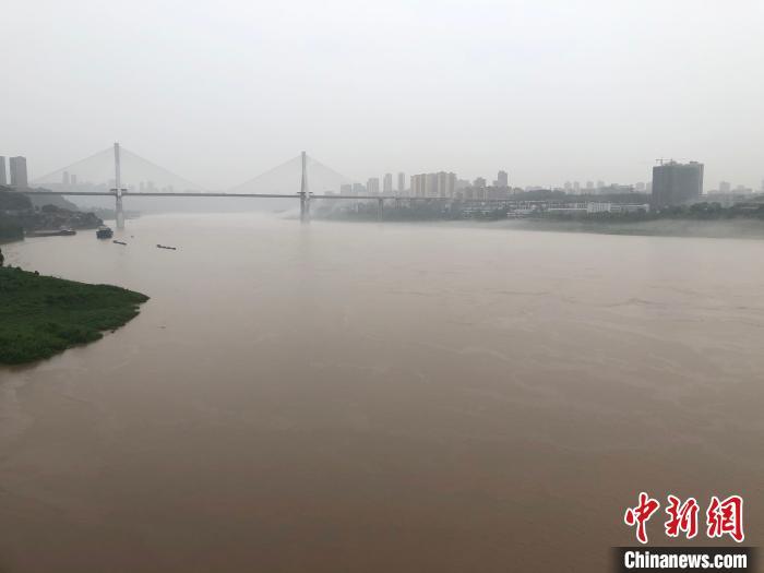 重庆23个区县出现暴雨 发布洪水黄色和橙色预警