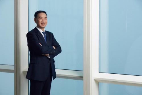 《彭博商业周刊》专 访金融壹账