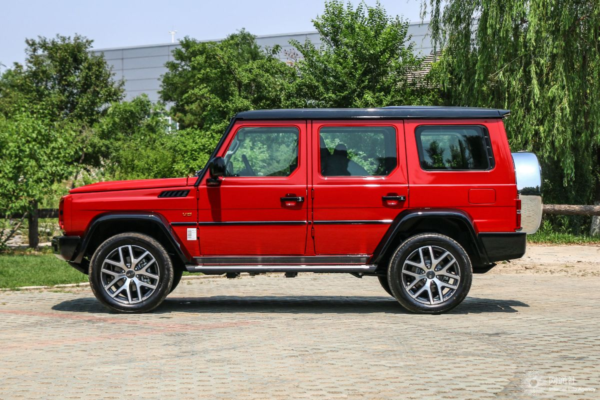 北京新款BJ80今日上市 至尊型预售35万元
