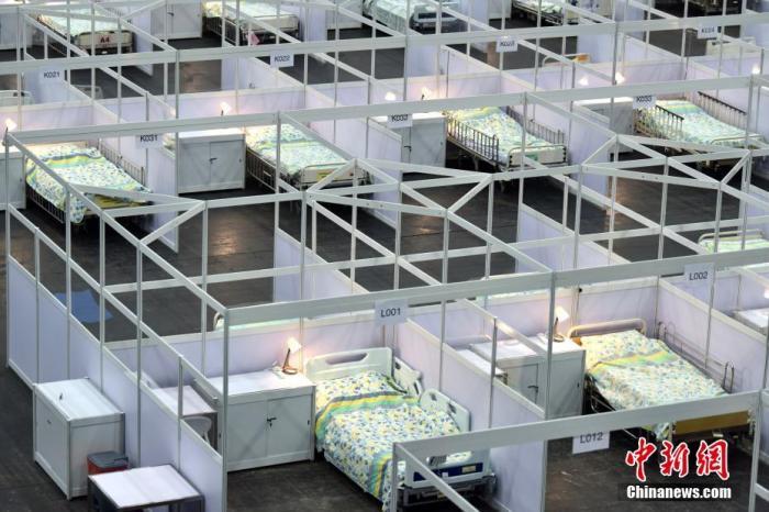 香港新增新冠肺炎患者人数回落 专家称形势依然严峻