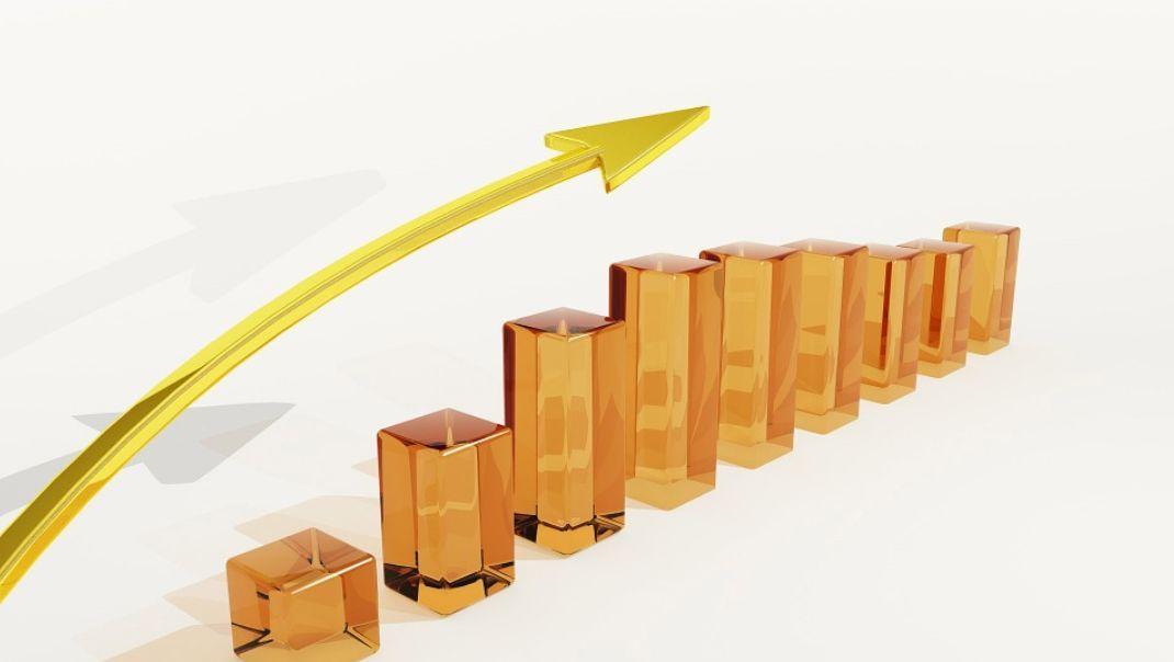 馨月说财经:货币锚定的角色加深  黄金迭创历史高点