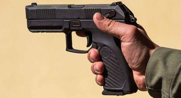 """俄军新手枪""""乌达夫""""开始量产 性能超越美德奥三国产品"""