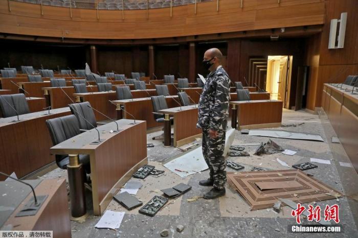 黎巴嫩爆炸后已有两名部长请辞 国际社会承诺援助
