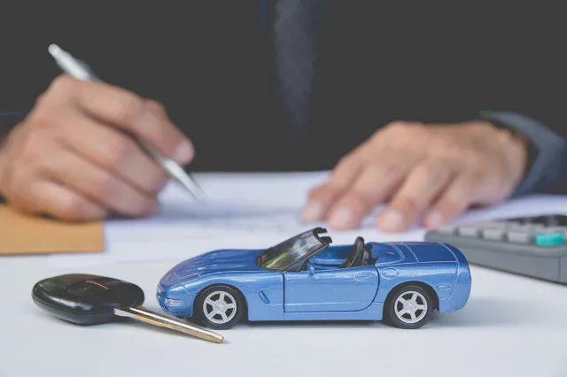 正在招代理!又一巨头杀入车险分期万亿市场,打响补贴战