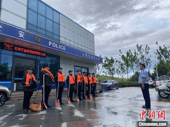 """山东日照关闭海水浴场和景区 防抗台风""""巴威"""""""