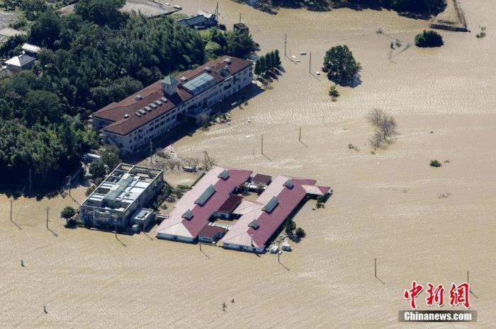 """台风""""海神""""袭日本或引发破纪录暴风雨及大浪"""