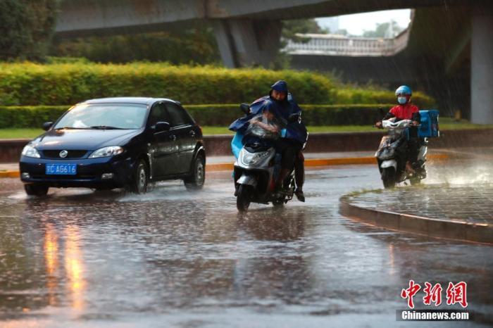 中东部有大范围雨雪降温过程 湖南辽宁等地有大到暴雨