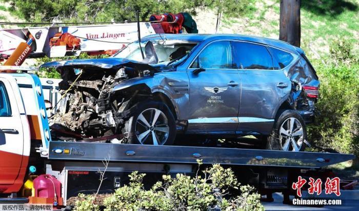 伍兹在事故多发地遇车祸 美官员要求进行路段排查