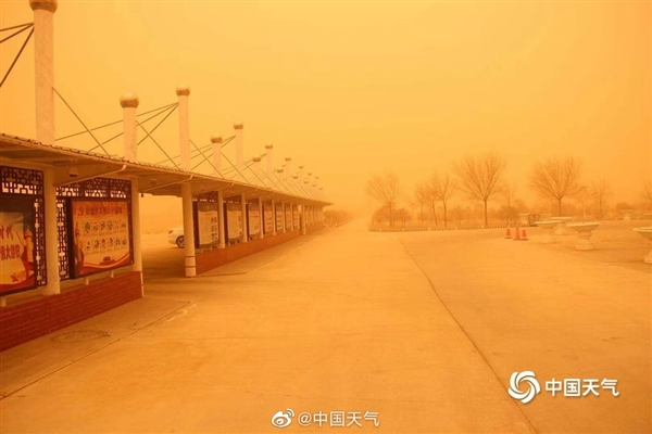北方28日起将现明显沙尘天气:沙尘暴已到内蒙古 画面震撼