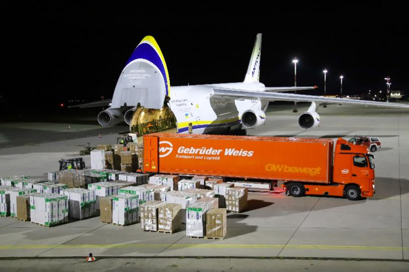 中奥团队通力协作:吉布达伟士完成新冠试剂盒门到门运输项目