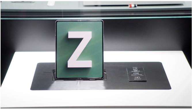 三星Z Fold3突破壁垒,带你领略次世代折叠机新图景