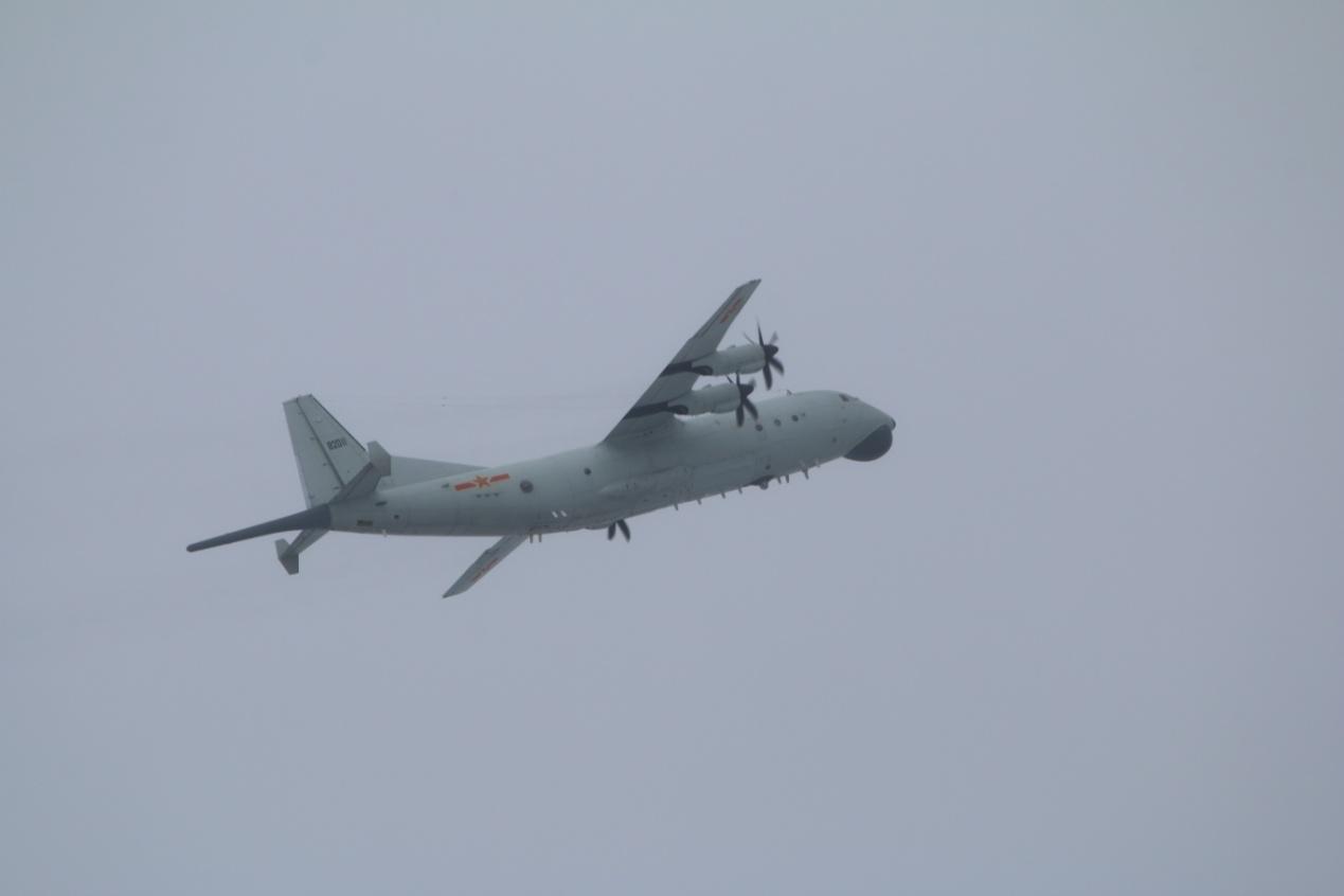 """绿媒:解放军1架次军机昨日进入台西南空域,""""台空军'地面警戒'"""""""