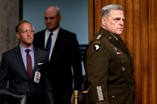 美媒:拜登怎样看美军最高将领与中国秘密通话 对米利很有信心