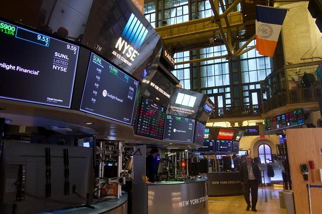 美股在动荡中结束三季度,个股剧烈分化背后风险如何化解