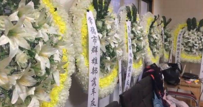 遇害司机陈江的悲悼会现场。视频截图